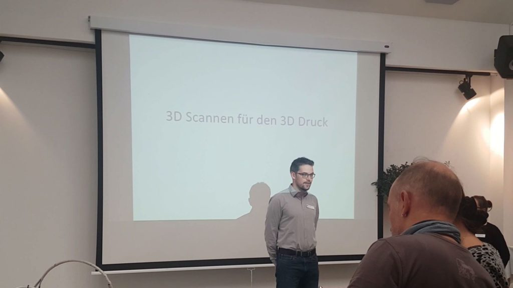 Swann Rack giving a talk on 3D scanning at the Sustainable Desing Center