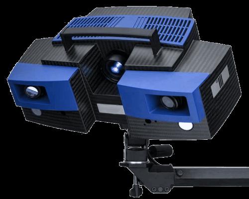 Im Bild ist der Streifenlicht-3D-Scanner GOM Atos Triple zu sehen.
